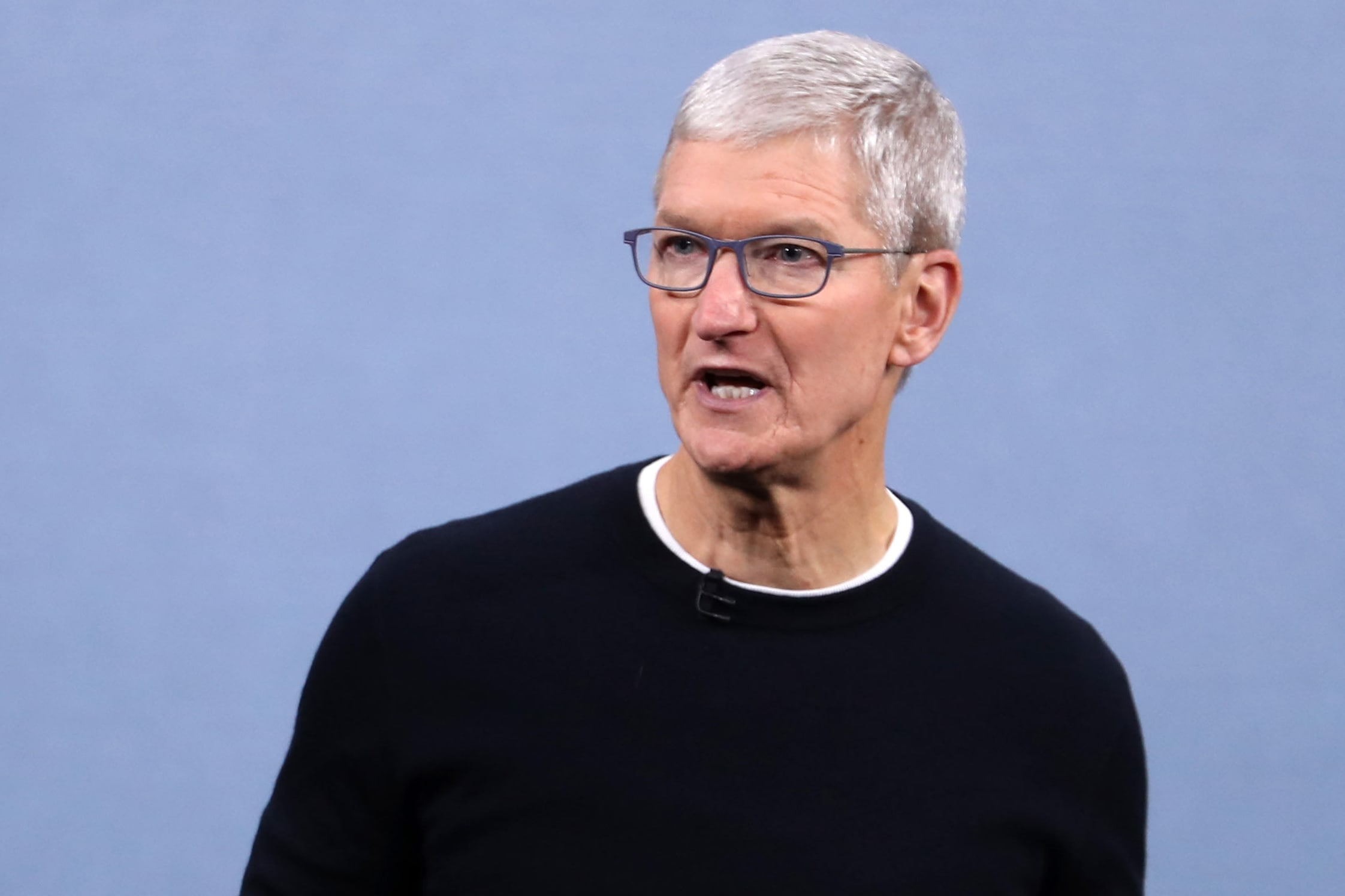 apple-has-quietly-dropped-22%-from-its-peak,-giving-up-$500-billion-in-market-cap