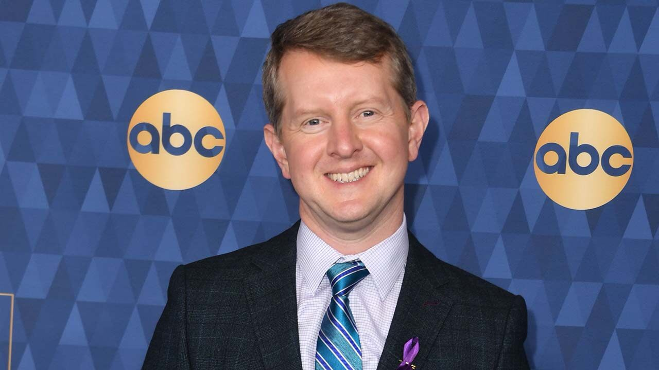 'Jeopardy!' star Ken Jennings apologizes for 'insensitive' tweets -- including one about Barron Trump