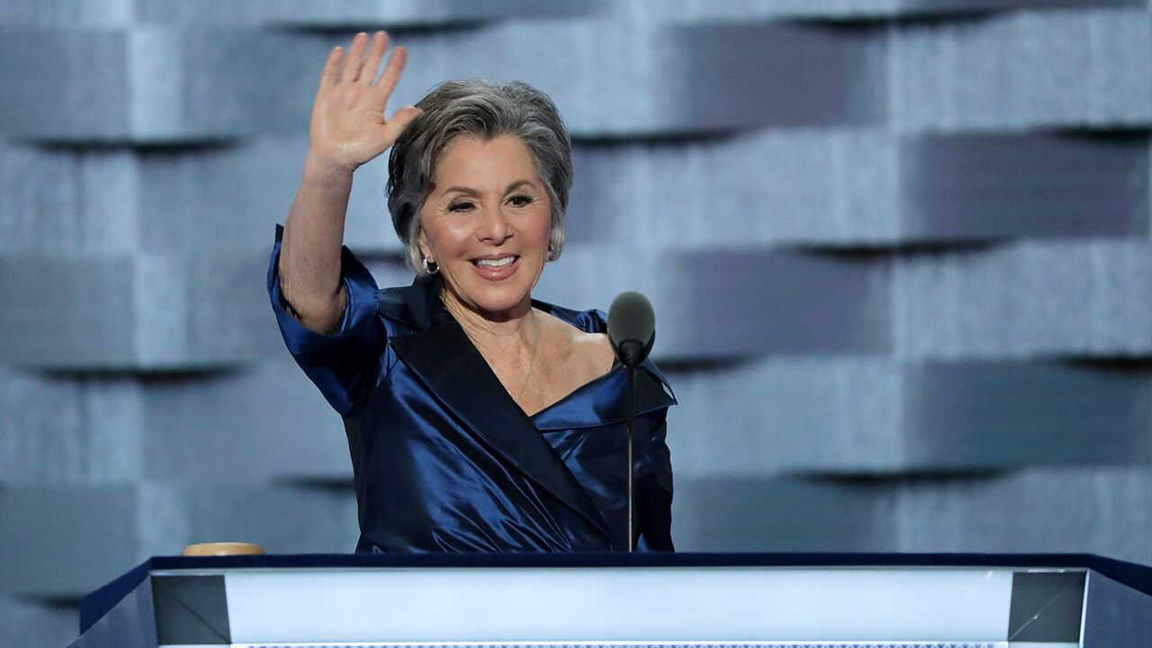 Barbara Boxer claims 'no comparison' between her 2004 electoral college objection and Hawley's
