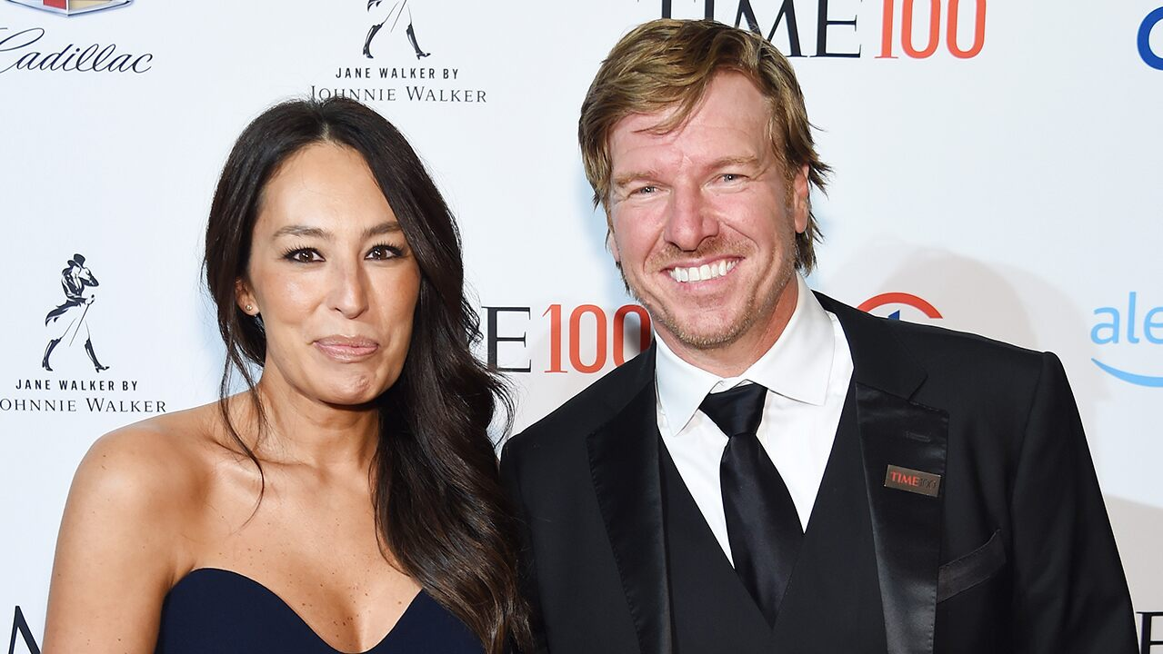 Chip and Joanna unveil preview for 'Fixer Upper: Welcome Home'