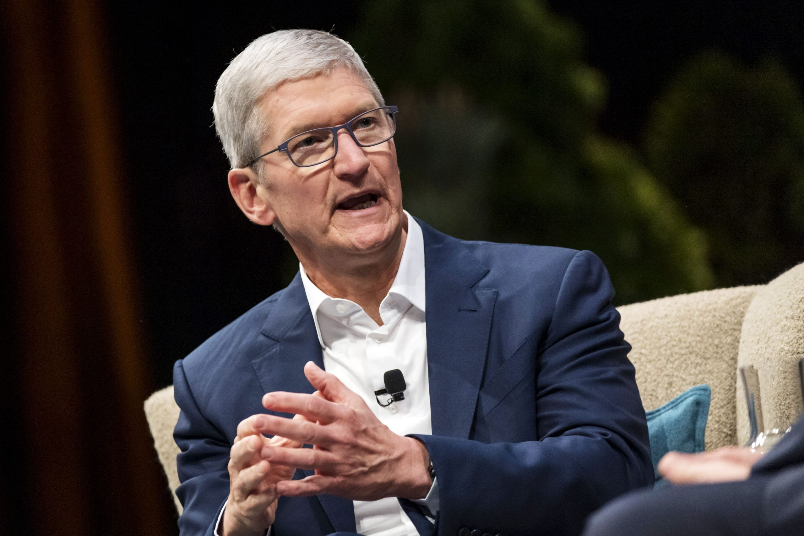 Google and Apple scare us, app makers tell Congress