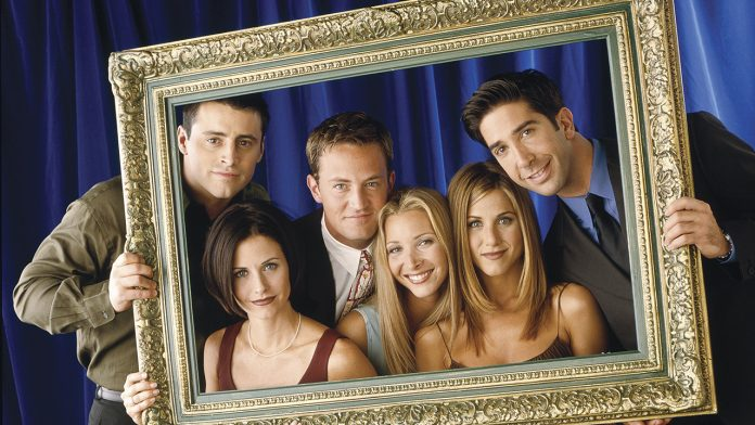 'Friends' cast reveals whether any of them have hooked up with one another