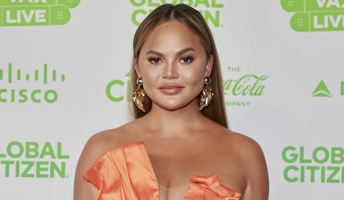 Bloomingdale's pulls out of Chrissy Teigen deal amid bullying scandal: report