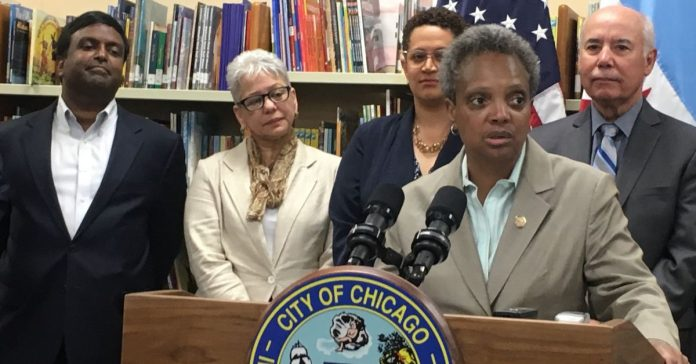 Chicago elected school board bill passes committee