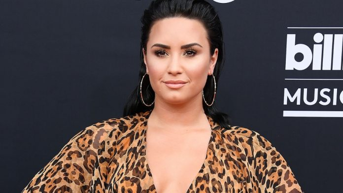Demi Lovato explains decision to come out as non-binary, blames patriarchy in show business