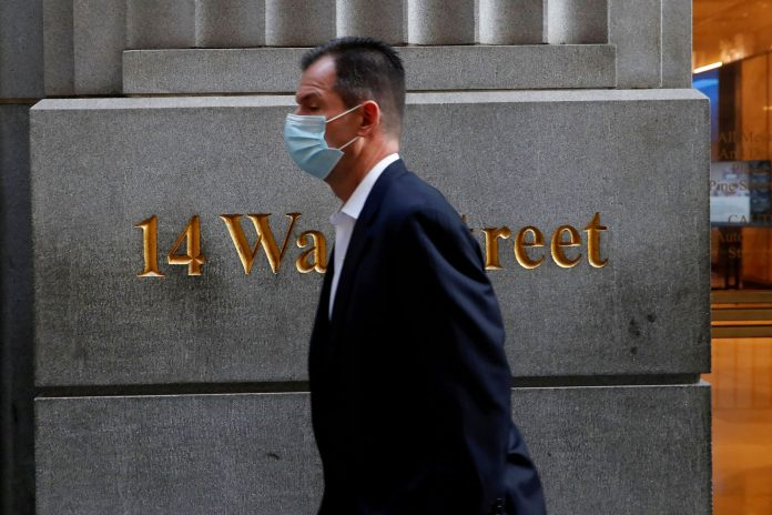 Dr. Scott Gottlieb agrees with new CDC mask guidance