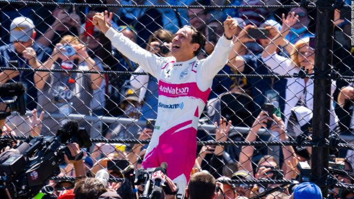 Helio Castroneves wins record-tying fourth career Indianapolis 500