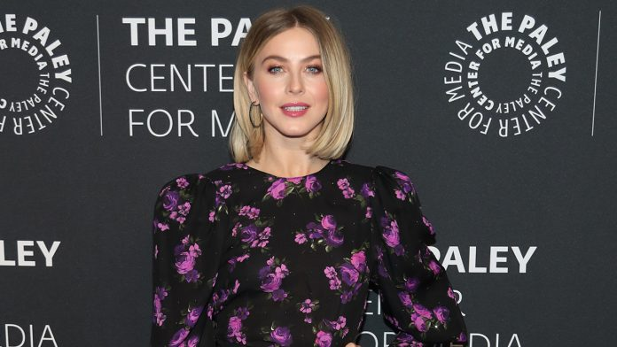 Julianne Hough said Leonardo DiCaprio was not 'good in bed,' her niece claims
