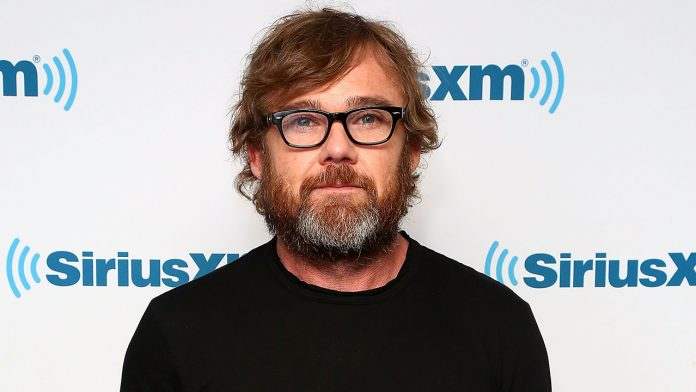 Ricky Schroder accosts Costco employee on video for denying him entry without a mask: 'Medical tyranny'
