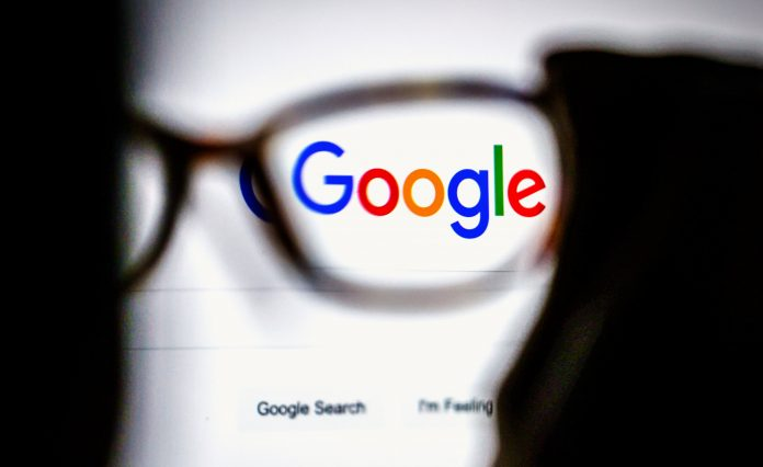 Russia threatens to slow down Google for not deleting unlawful content