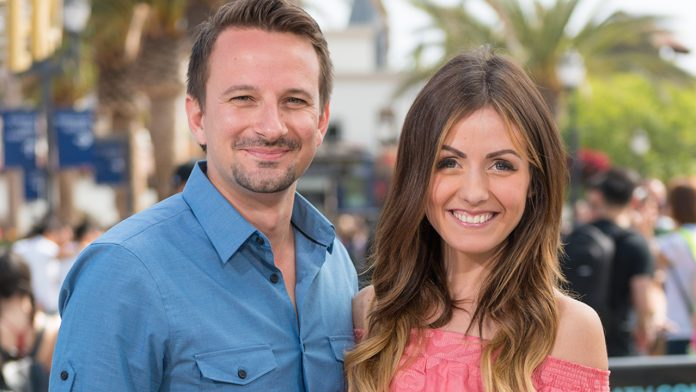 'Bachelor' star Carly Waddell rushed to hospital, in 'rough shape,' ex Evan Bass says