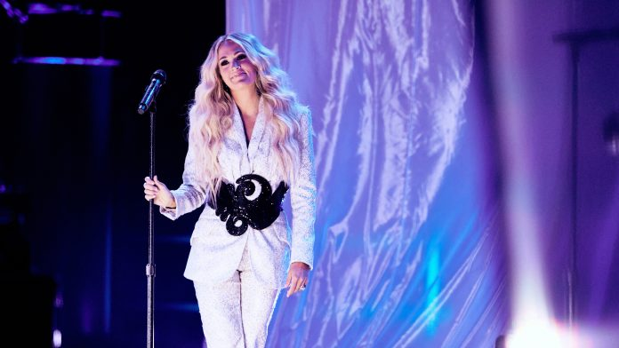 Carrie Underwood soars with CMT Music Awards performance of 'I Wanna Remember'