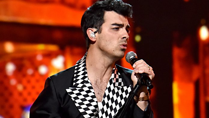 Joe Jonas wants to re-record the Jonas Brothers' first album like Taylor Swift: 'Really clever'