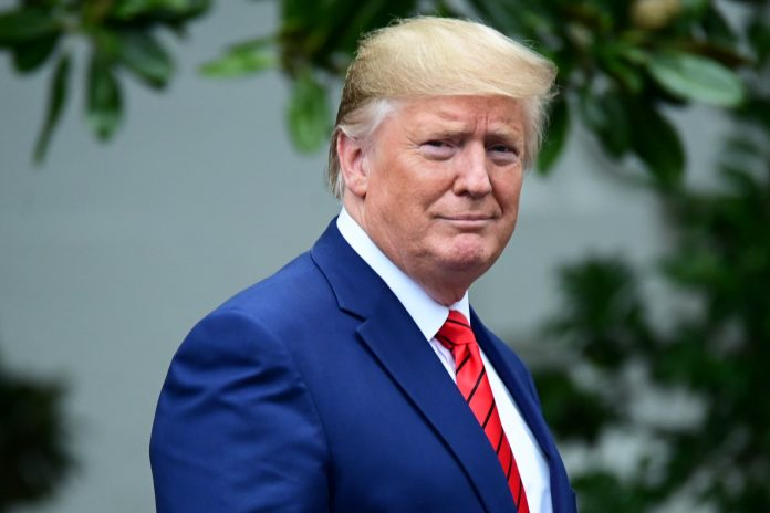 Judge gives Trump time to challenge tax return disclosure to Congress