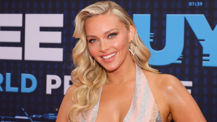 SI Swimsuit model Camille Kostek dishes on her healthy habits: 'I don't count calories, I count chemicals'