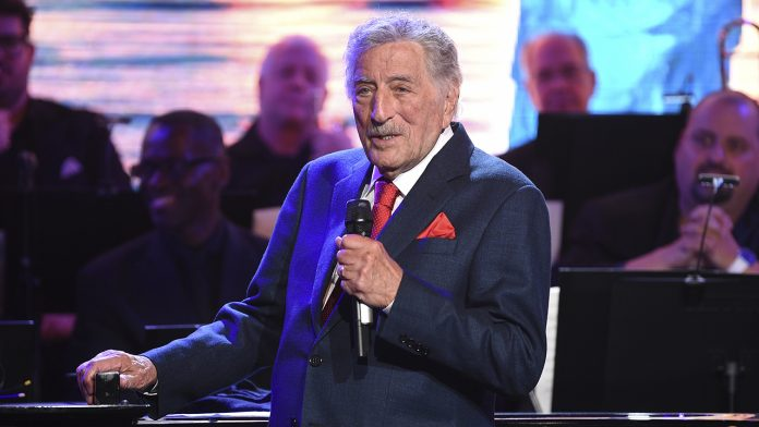 Tony Bennett retires from touring per doctors' orders, son says