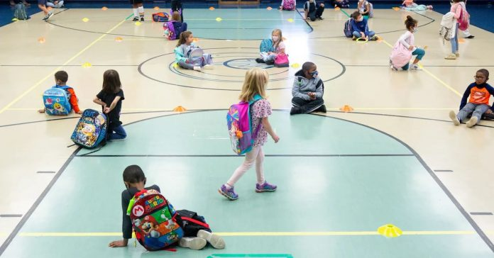Indiana lifts quarantine guideline for schools that require masks
